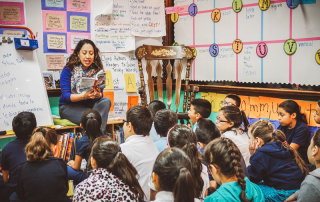 informational read aloud in the classroom